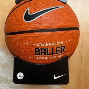 Nike Basketball Full size outdoor ball Brand New